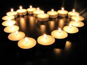 amazing-beautiful-candle-candlelight-Favim.com-713271